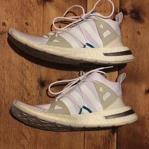 Adidas Arkyn cloud white